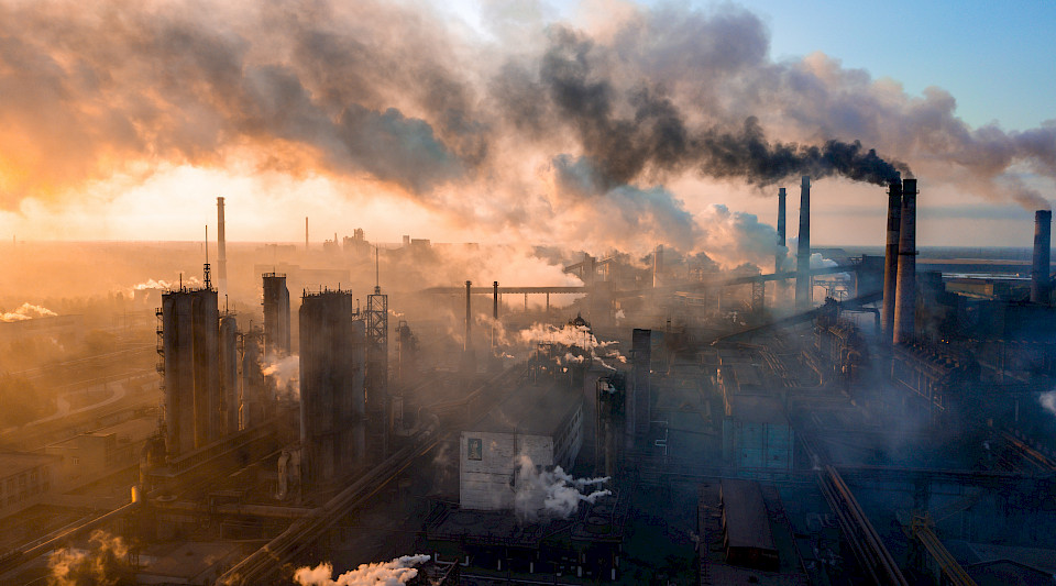 Unternehmen mit umweltschädigenden Geschäftspraktiken will Nordea Asset Management durch Engagement-Gespräche auf mehr Nachhaltigkeit trimmen. (Bild: Shutterstock.com/TR STOK)